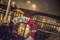 Salonní rychloloď Nepomuk na osvícené Vltavě | Pražské Benátky