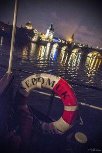 Salonní rychloloď Nepomuk a romantická večerní Praha | Pražské Benátky