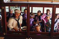 Loď plná dětí | Pražské Benátky