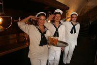 Nastoupená posádka člunu Vodouch | Pražské Benátky
